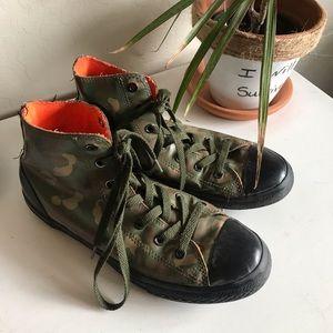 Leather Camo Print Converse